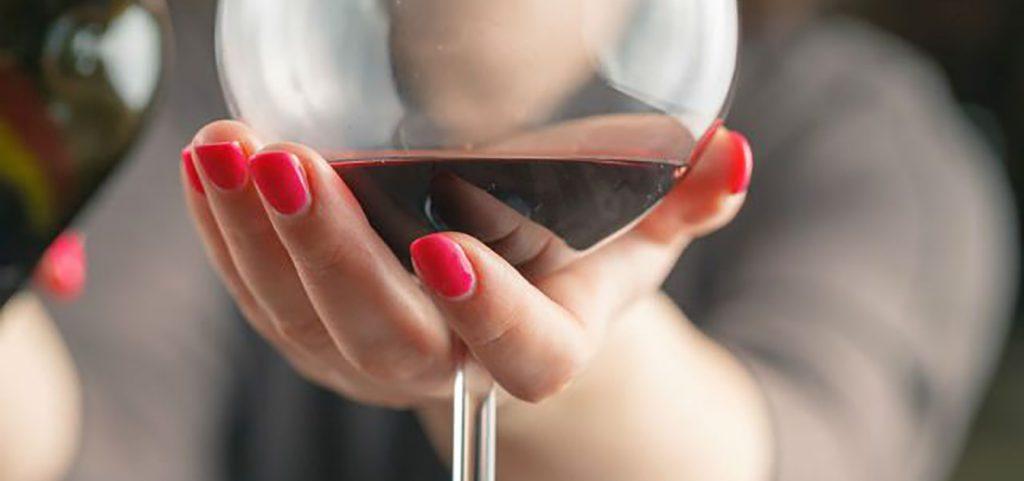 mujeres y el vino